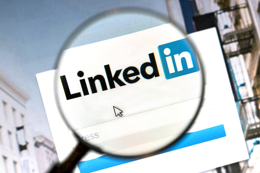 how to delete a job from linkedin profile